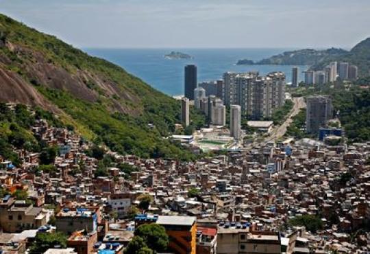 Brazil's favelas offer alternative budget accommodation for World Cup fans