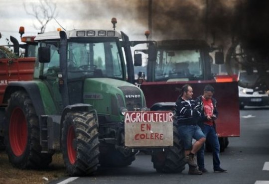 France Offers Angry Farmers Emergency Aid