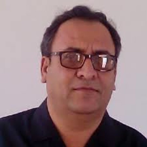 Dr. Fazli Sattar – Pakistan