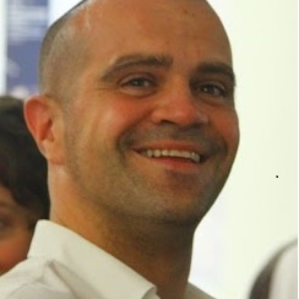 Dr. Alessio Cavicchi – Italy