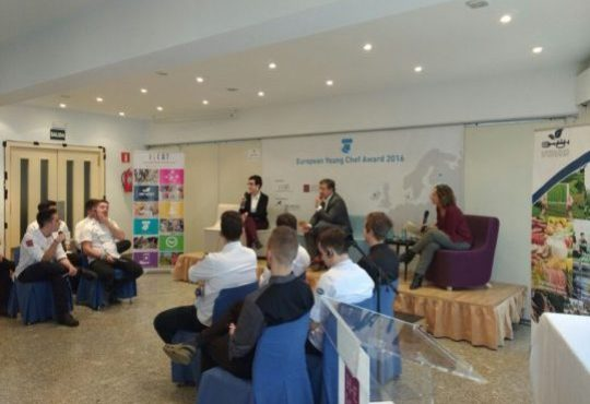 Round Table with celebrity chefs Joan Roca and Carme Ruscalleda