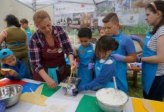 Edu-Kitchen: taste education in Romania – Interview