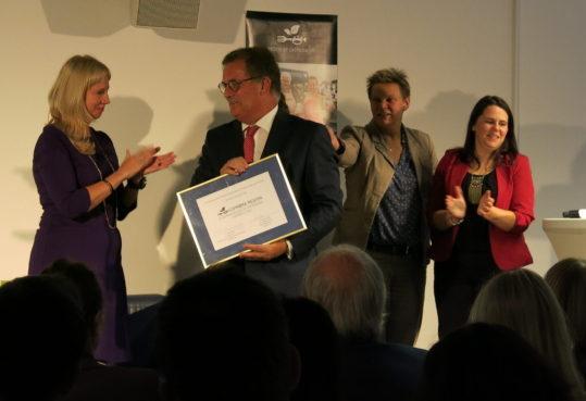 Coimbra-Awarded-e1539162957922.jpg